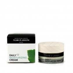 TEAM DR JOSEPH Daily Moisturizing Cream - 02